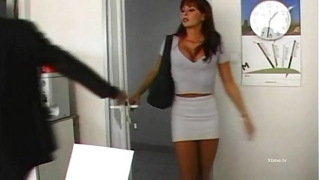 Hot secretary brutally fucked by Nacho Vidal